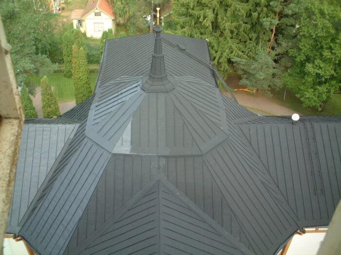 Roof Coating kirkon katolla